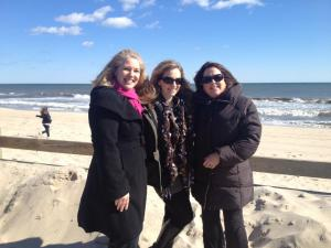 These 2 amazing mompreneurs inspired Laura's business